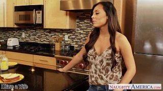 Superb wife Gianna Nicole gets nailed in kitchen